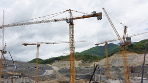 s-b-siam-supplies-23-potain-cranes-for-xayaburi-dam-construction
